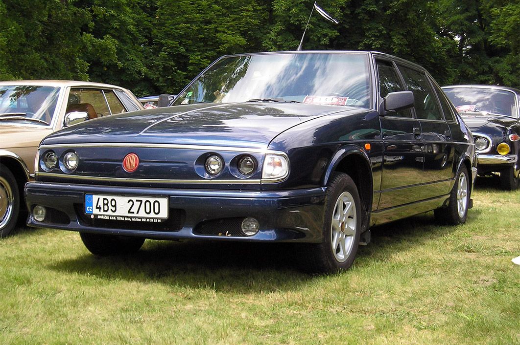 Tatra 700: smutný konec stoleté éry (2. část)