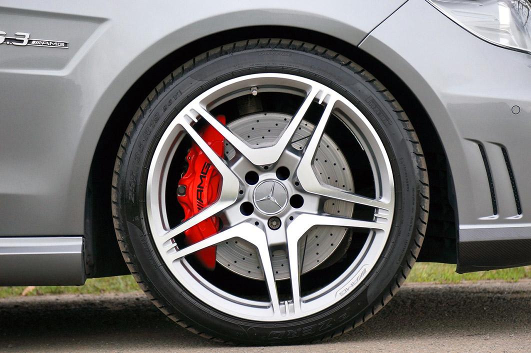Znáte výhody run-flat pneumatik?